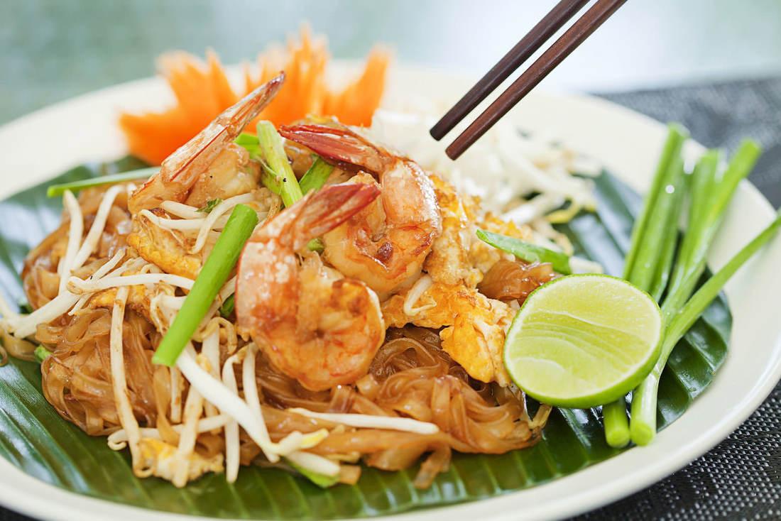 pad-thai-thailand-s-national-dish_orig